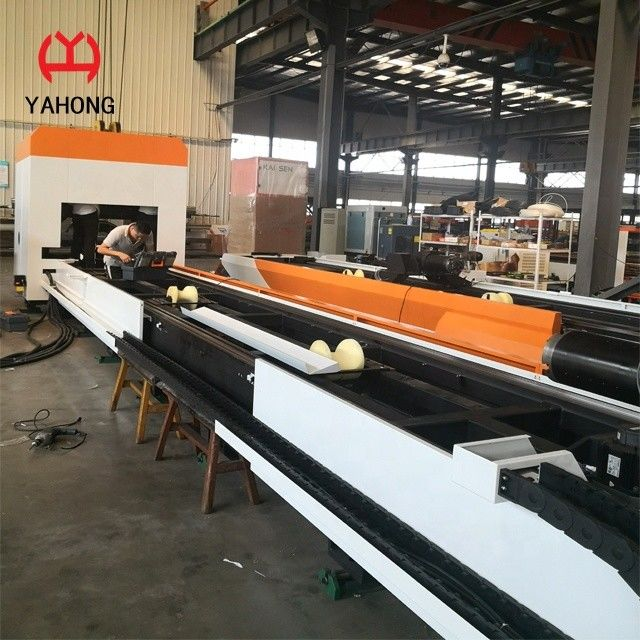 Fast Speed Fiber Laser Pipe Cutting Machine 300mm Rounde Diameter Easy Maintain